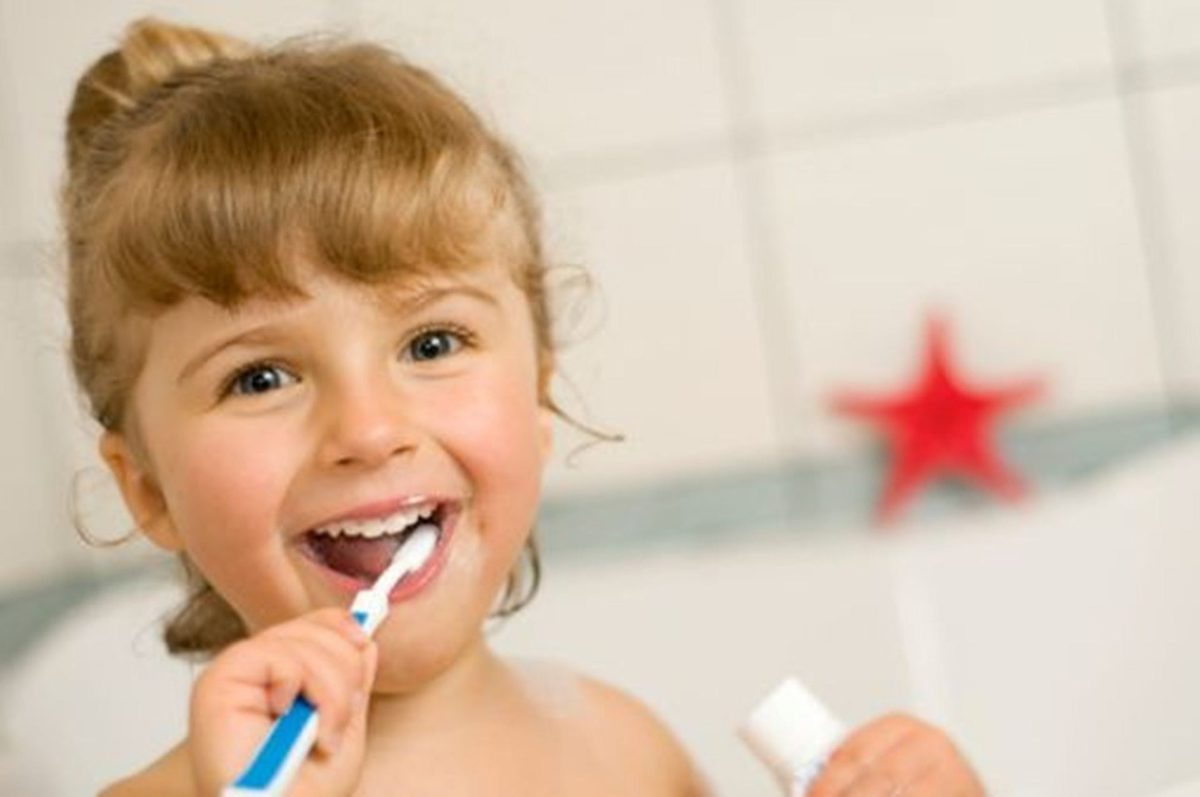 what age should a child go to the dentist