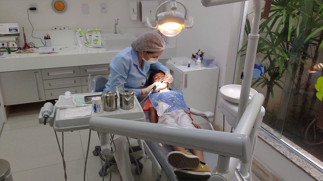 pediatric dentist- teeth cleaning